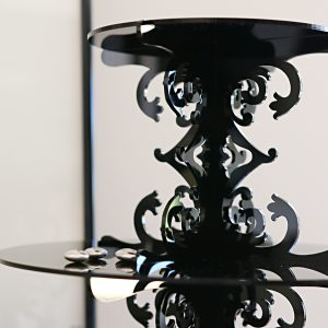 Detail Loco Rococo Cupcake Stand