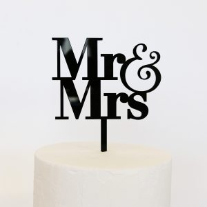 Simple Mr and Mrs Cake Topper