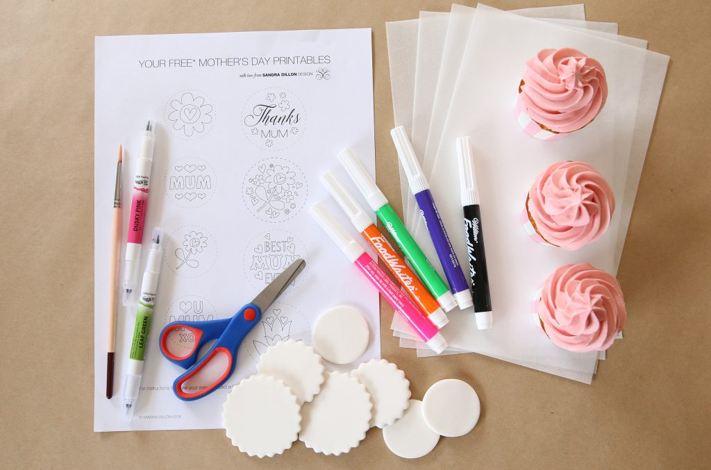 DIY Edible Cupcake Toppers