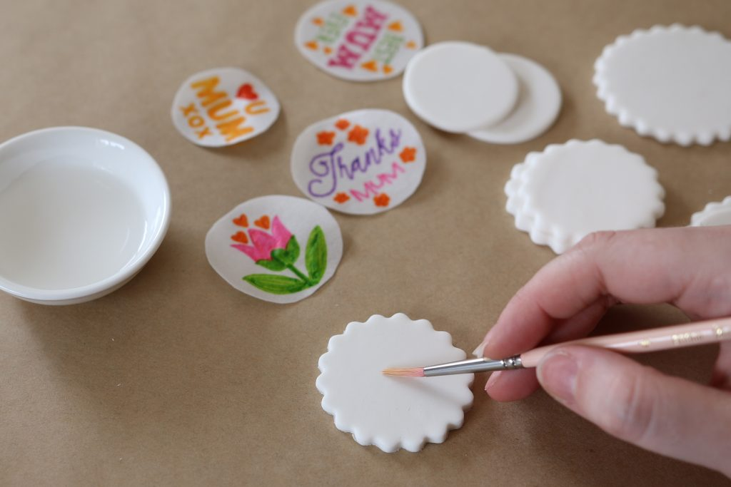 DIY Edible Cupcake Toppers 1 | SANDRA DILLON DESIGN