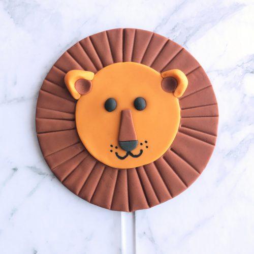 Circle DIY Cake Topper Leo