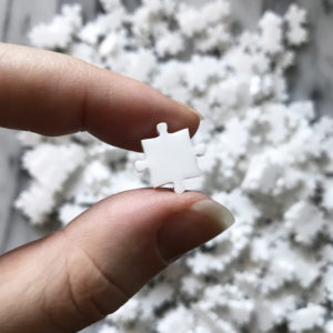 600 Piece White Jigsaw Puzzle - EASY