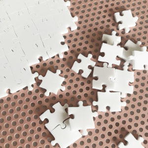 750 Piece White Jigsaw Puzzle - HARD